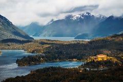 Seen und Berge Lizenzfreies Stockfoto