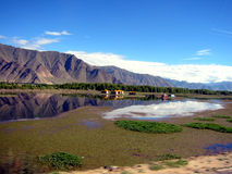 Seen und Berge in Tibet Lizenzfreies Stockbild