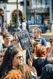 Seeschäfer, der gegen Gemetzelversuchswalfestnahme von protestiert Lizenzfreie Stockbilder