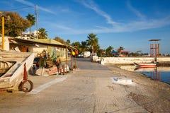 Seeseite in Palio Faliro in Athen stockfotos