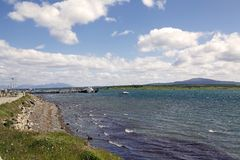 Seeseite in Puerto Natales im Patagonia, Chile Lizenzfreie Stockfotos