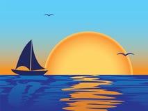 Seesonnenuntergang mit Bootsschattenbild Stockbild