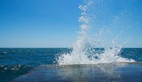 Seespritzenhintergrund Stockfotos