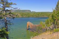 Seestapel auf einer geschützten Bucht Stockbilder
