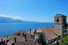 Seeufer Genf und Alpen Stockbilder