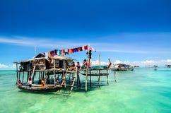 Seezigeuner bekannt als bajau laut stockbilder