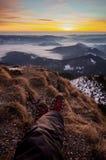 Seflie-Bild bei dem Sonnenaufgang in Karpaten Stockfotos