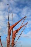 Segel, Maste und Takelung auf einem Themse-Segeln barge Yacht stockfotografie