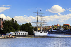 Segelbåt i Stockholm royaltyfri bild