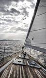 Segelbåt på Adriatiskt havet Arkivfoton