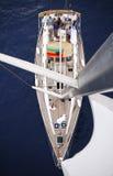 Segelbåt på Adriatiskt havet Arkivfoto