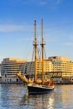Segelbåt på hamnen barcelona catalonia spain Fotografering för Bildbyråer
