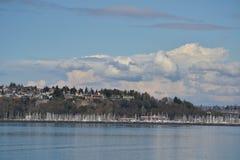 Segelbåtar anslöt i Puget Sound, Seattle, Washington Royaltyfri Foto