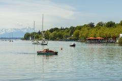 Segelbåtar på Starnberger ser, Tyskland Royaltyfri Fotografi