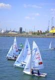 Segelbåtar som startar för lopp Royaltyfri Fotografi
