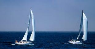 segelbåtar två Royaltyfria Bilder