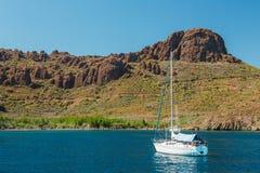 Segelboot Lizenzfreie Stockfotos