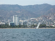 Segelboot in Acapulco Stockbild