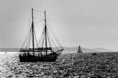 Segelboot auf dem Meer Lizenzfreies Stockbild