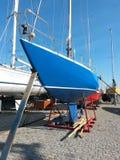 Segelboot im Trockendock Lizenzfreie Stockfotografie