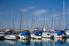 Segelboote lizenzfreie stockfotos