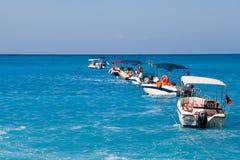 Segelboote auf dem Meer Lizenzfreies Stockbild