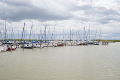 Segelboote auf dem See Lizenzfreie Stockbilder