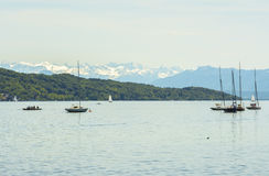 Segelboote auf Starnberger sehen, Deutschland Stockbild