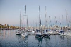 Segelboote im Hafen Lizenzfreies Stockfoto