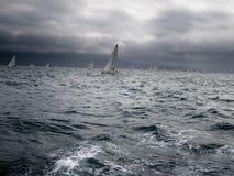 Segelboote im Regatta Stockbild