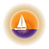 Segeljacht in der Sonne Lizenzfreie Stockbilder