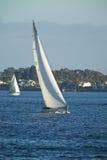 Segeln-Boot in Meer Stockfoto