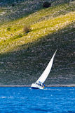 Segeln in das adriatische Meer Lizenzfreie Stockbilder