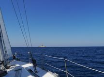 Segeln in das Mittelmeer Stockfotos