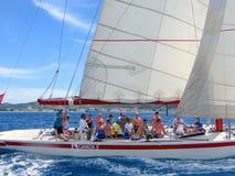 Segeln in die Karibischen Meere Lizenzfreies Stockbild