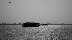 Segeln in die Stauwasser von Kerala Lizenzfreie Stockfotos