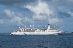 Segeln-Kreuzschiff Lizenzfreies Stockfoto