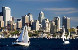 Segeln in Seattle Lizenzfreies Stockfoto