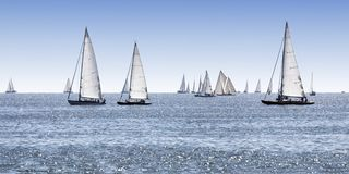 Segelnboote stockfoto