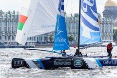 Segelnde Reihen des Extrems 40 laufen 2014 in Russland, St Petersburg stockfotos