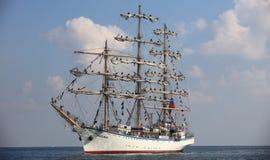 Segelschiff Nadezhda Stockbilder