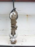 Segelsport. Teile der Yacht, Block mit Seil. Stockfoto