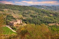 Seggiano, Grosseto, Toscanië, Italië: landschap van de bergen w Royalty-vrije Stock Fotografie