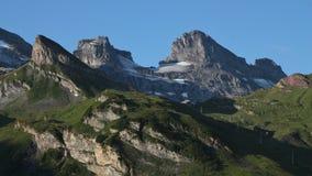 Seggiovia di Jochpass e delle alte montagne Fotografia Stock