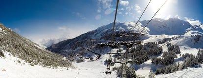 Seggiovia negli archi di Les, alpi, Francia Immagini Stock