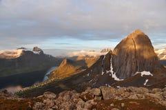 Segla-Berg, Norwegen, Senja Stockbild