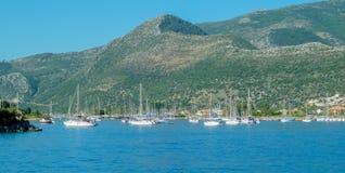Segla de grekiska öarna Royaltyfria Foton