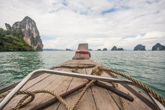 Segla i Krabi det idylliska landskapet, Thailand Arkivfoto