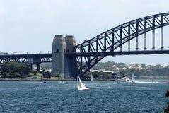 Segla på hamn Arkivfoto