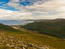 Segla utmed kusten av Dead i Galicia Royaltyfria Foton